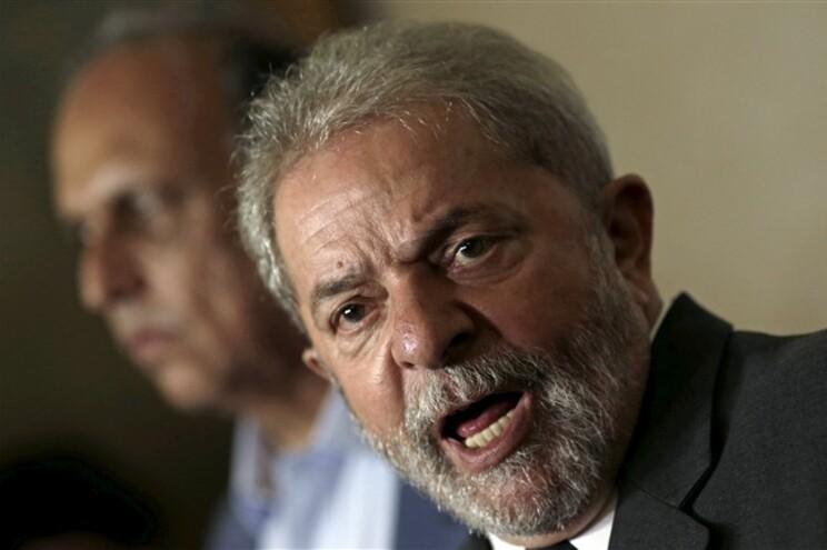 Lula lembra que Álvares Cabral descobriu o país em 1500 e a primeira universidade brasileira apenas foi