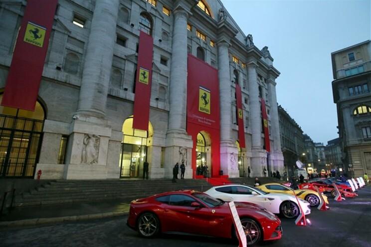 Ferraris e Maseratis batem recordes de vendas