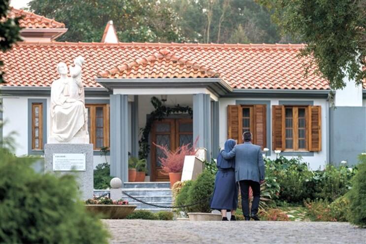 Diocese afasta padre e religiosa acusados de escravizar irmãs