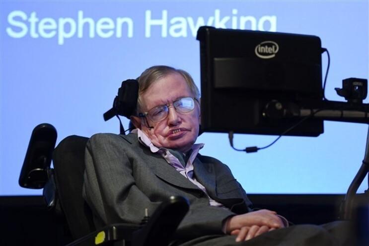 Stephen Hawking fala no fim da humanidade
