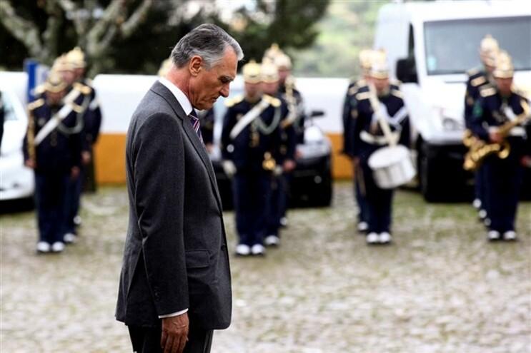 Cavaco Silva tem oito dias para promulgar diplomas, a contar da sua receção