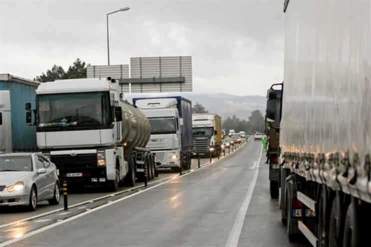 Camionistas contestam aumento do preço dos combustíveis