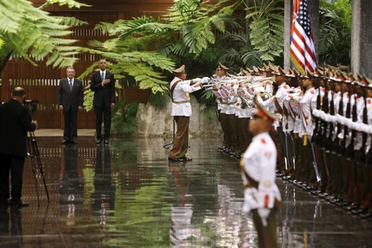 Raul Castro recebeu Barack Obama no Palácio da Revolução