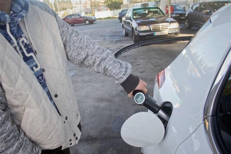 Aumento dos impostos sobre os produtos petrolíferos causa polémica