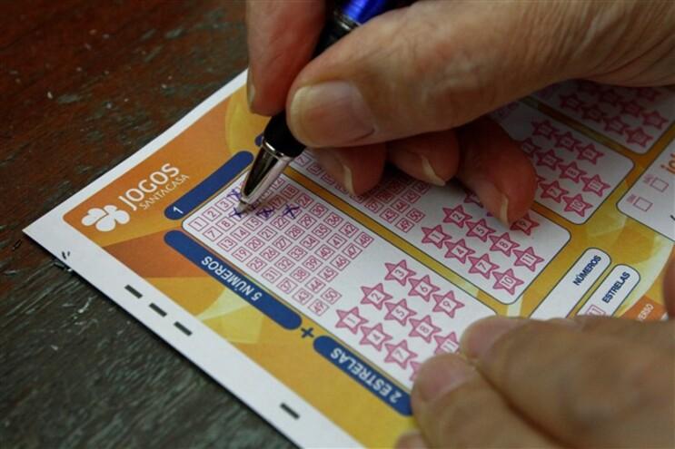"""Euromilhões com """"jackpot"""" de 24 milhões"""