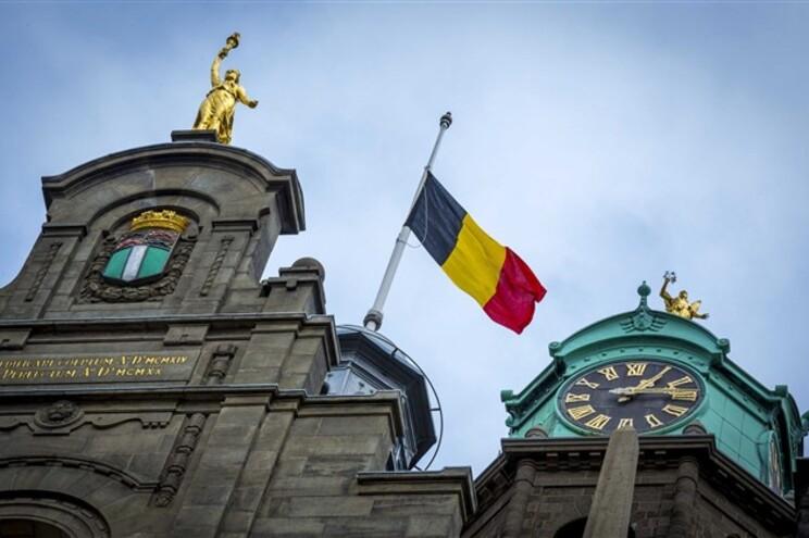 Câmara Municipal de Roterdão prestou homenagem às vítimas dos atentados em Bruxelas