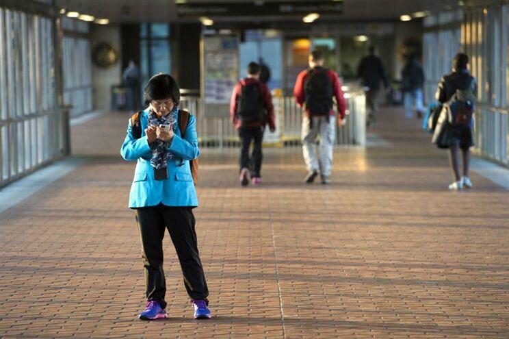 Metade dos inquiridos acredita que o uso da Internet devia começar entre os 12 e 15 anos