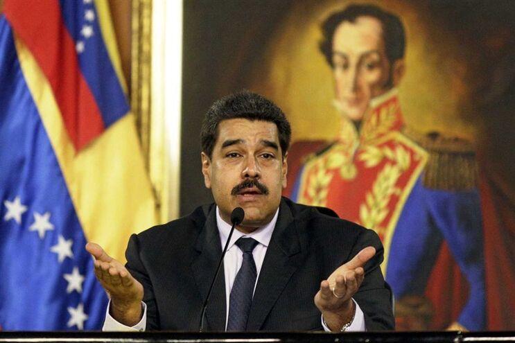 Maduro decidiu aumentar o número de folgas para os funcionários públicos, para poupar energia