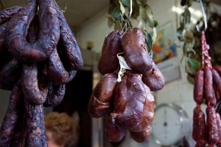 OMS classificou as carnes processadas na categoria de substâncias cancerígenas