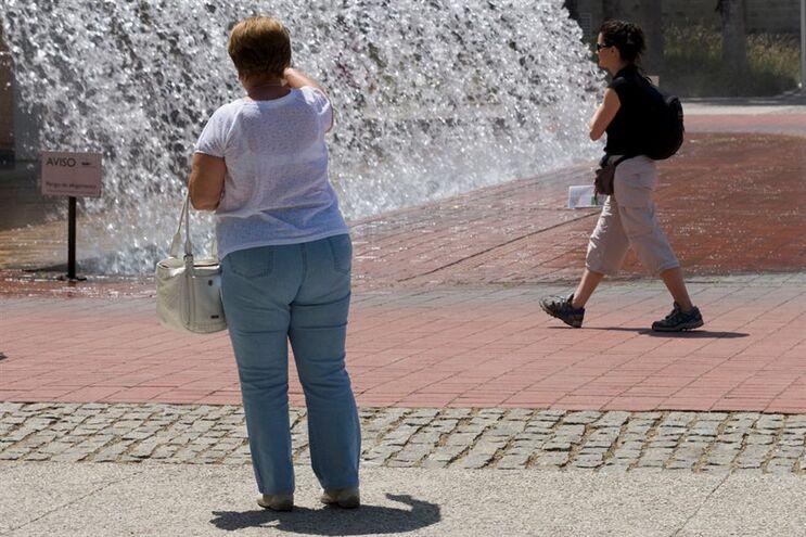 16,4% da população adulta portuguesa sofre de obesidade e 52,8% da população tem excesso de peso