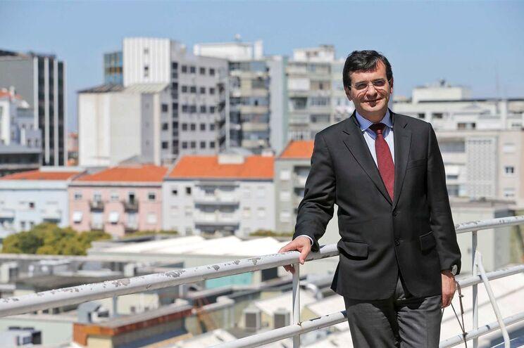 O ministro da Saúde, Adalberto Campos