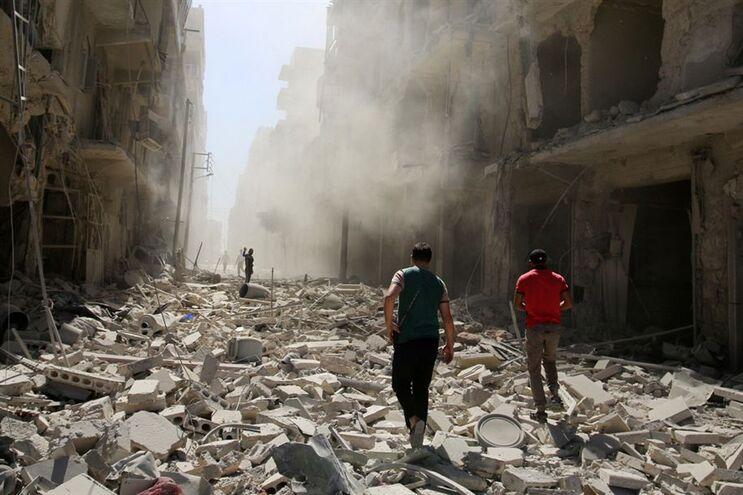 Alepo destruída pelos bombardeamentos