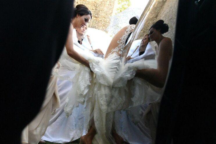 Noiva cai no casamento e fica paraplégica