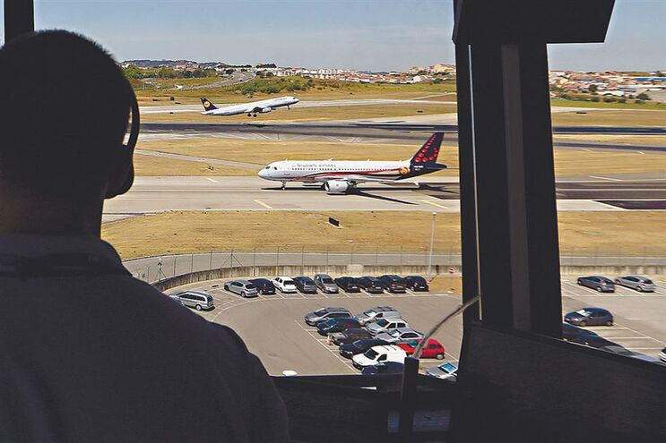 Rede organizada apoia fugas no aeroporto