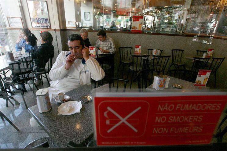 Consumo de tabaco diminuiu 5% desde a alteração da lei