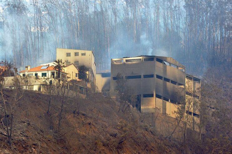 Incêndios provocaram danos em 251 habitações, tendo 154 ficado totalmente destruídas