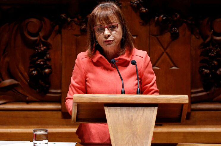 Ministra da Presidência lembra programa do PS
