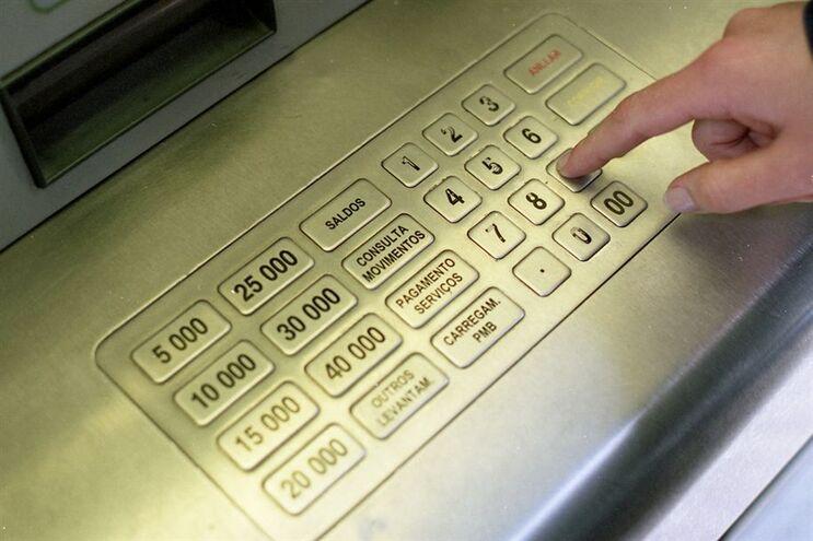 Encerraram mais de 200 agências bancárias em 2016