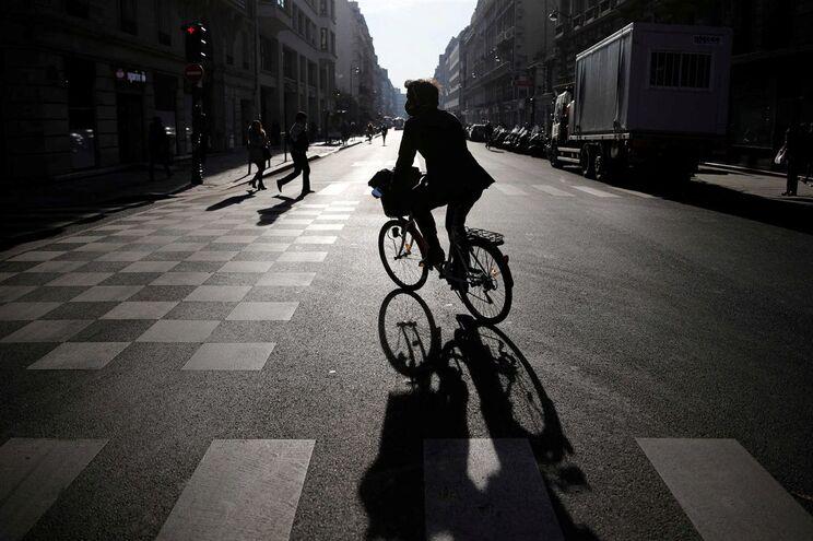 Cientistas concluíram que percorrer cerca de 50 quilómetros por semana é eficaz na prevenção de doenças