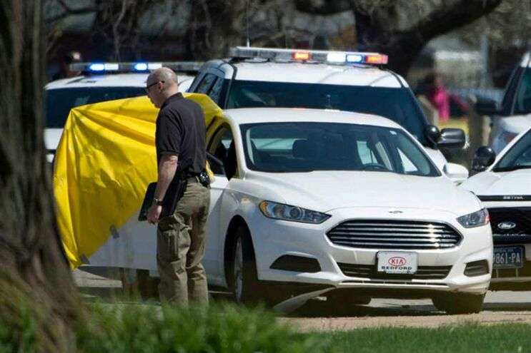 Polícia acabou por encontrar Stephens morto no carro