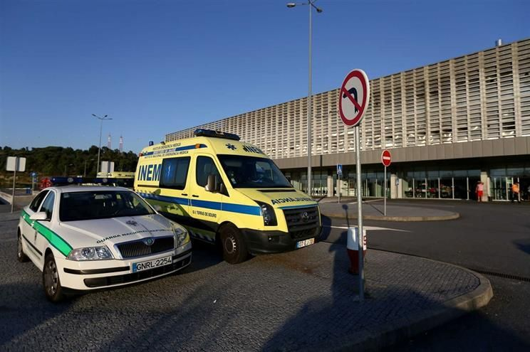 Adolescente foi transferida de Guimarães para o Hospital de Braga