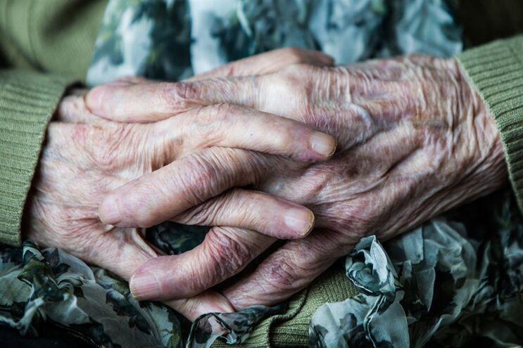 Por cada 100 jovens residiam em Portugal 112 idosos