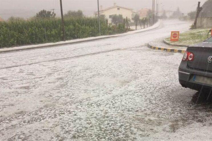 """""""Aviso amarelo"""" devido à chuva alargado de cinco para oito distritos"""