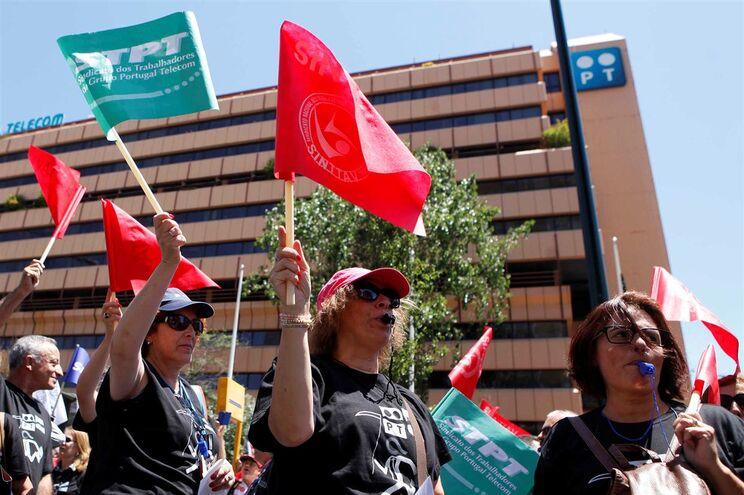 Trabalhadores da PT contra transferência para outras empresas do grupo Altice