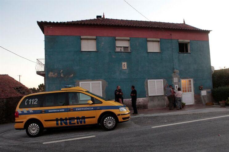 Intoxicação ocorreu no interior de uma casa de habitação da aldeia de Sortelhão, freguesia de Santana