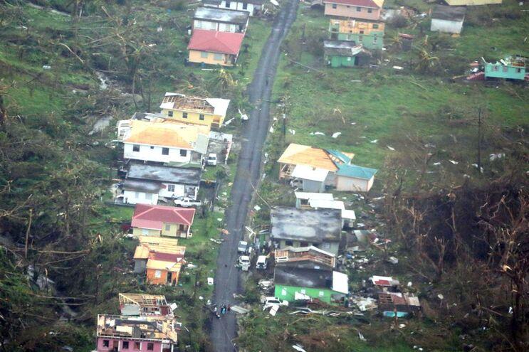 Destruição em Dominica