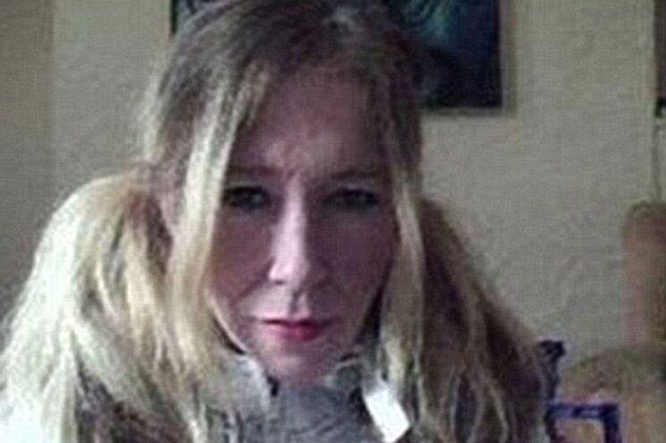 Cantora punk que se alistou no Estado Islâmico abatida por drone