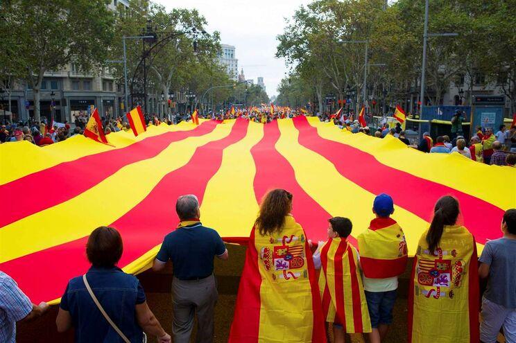 Crise na Catalunha após referendo sobre independência