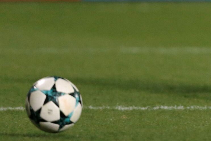 Youth League replica o modelo da Liga dos Campeões