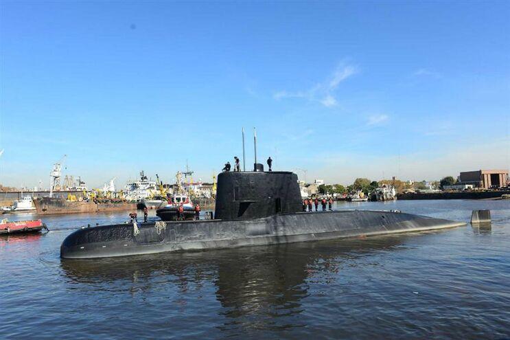 Fotografia não datada do submarino San Juan