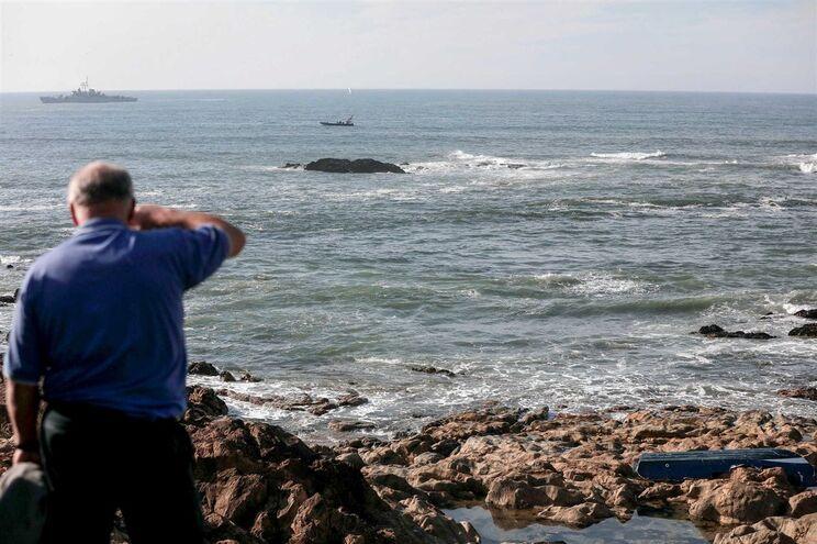 Naufrágio causou três mortos e um tripulante está desaparecido