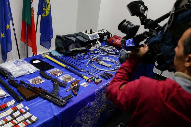Grupo tinha acesso a armas de guerra