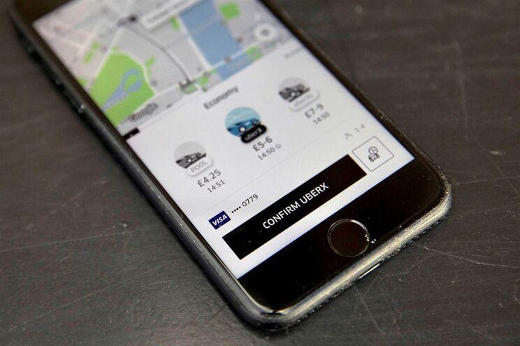 PCP quer ouvir secretário Estado sobre perdão de multas à Uber