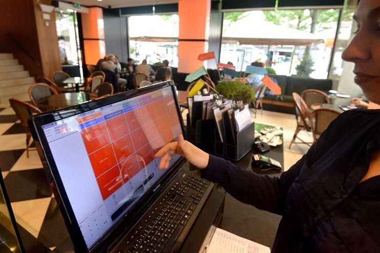 Emprego na restauração e similares aumentou após descida do IVA