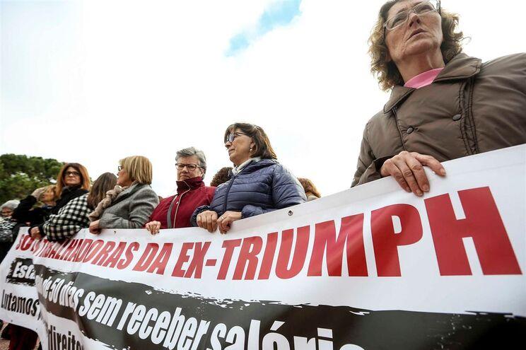 Trabalhadoras da Triumph vão abrir conta solidária