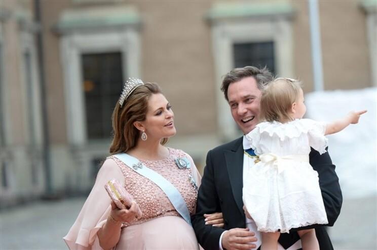 Nasceu o terceiro filho da princesa Madalena da Suécia