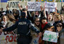Protestos na escola António Arroio cancelam visita de Cavaco