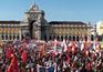 Milhares encheram o Terreiro do Paço em protesto