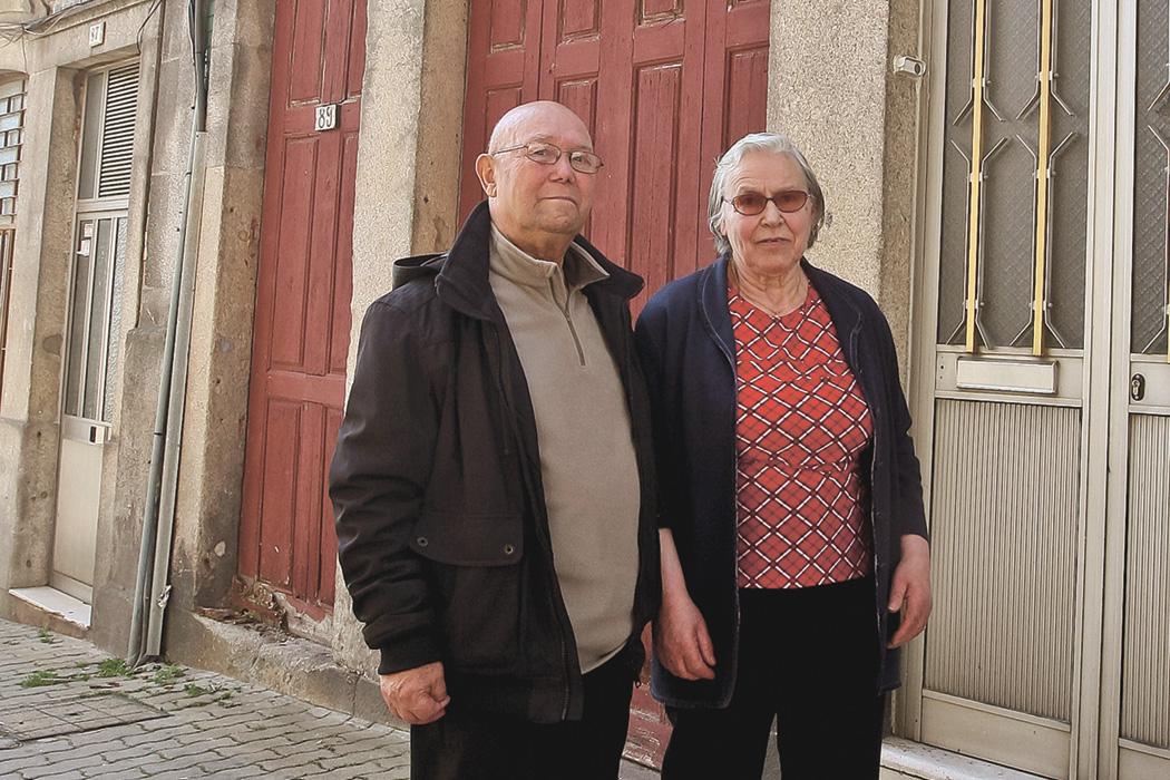 Pressionados para sair da Baixa do Porto