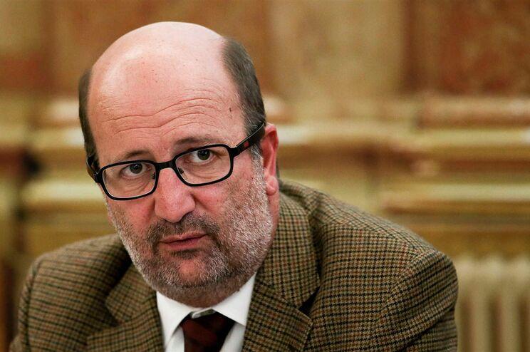 João Matos Fernandes, ministro do Ambiente e da Transição Energética, é titular da pasta da Habitação