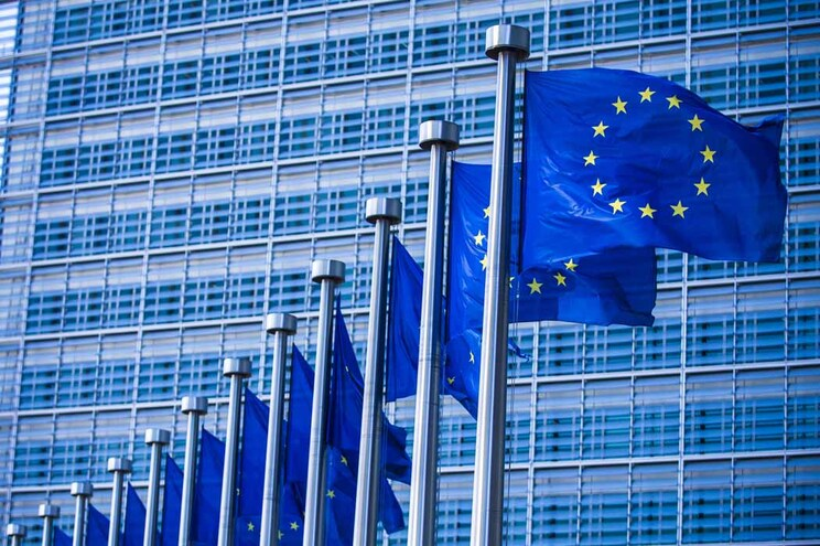 Conselho da União Europeia dá luz verde a nova diretiva de direitos de autor