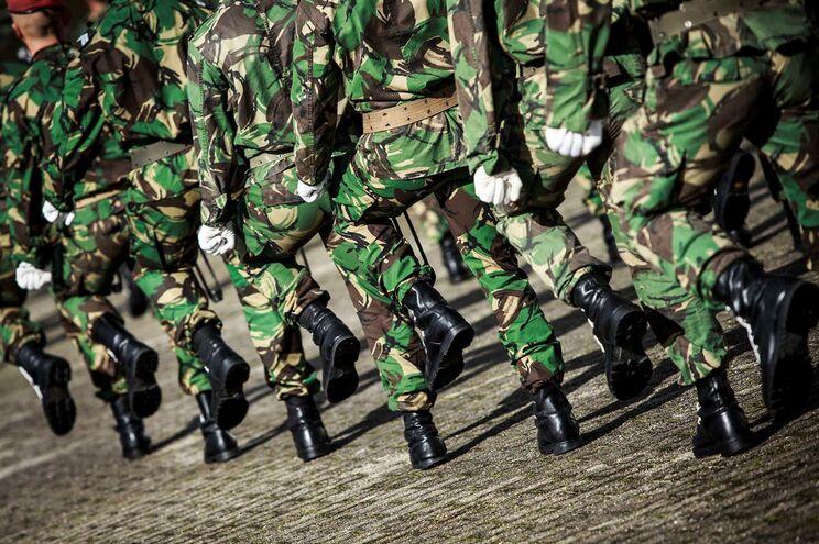 Recrutas das Forças Armadas vão ganhar três vezes mais