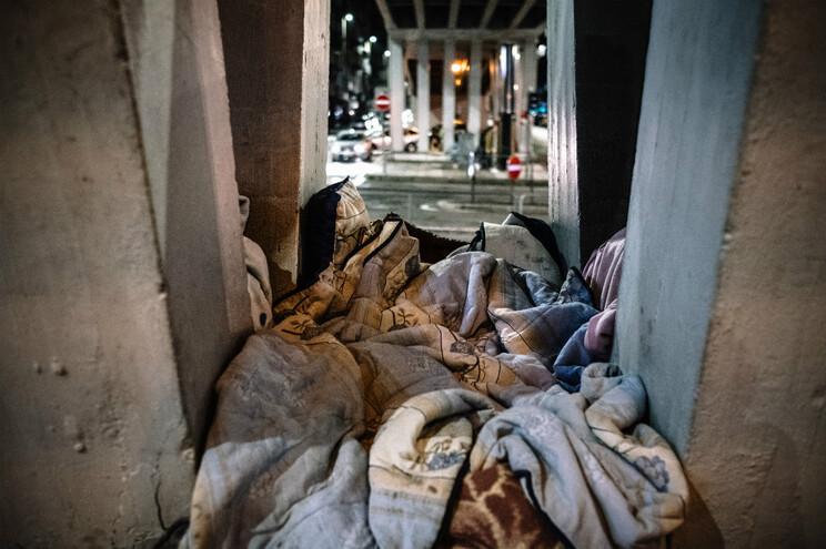 Atendimento a sem-abrigo passa a ser feito independentemente da morada