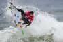 Brasileiro Adriano de Souza é campeão do mundo de surf