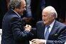 "Michel Platini acusa Joseph Blatter de querer o seu ""escalpe"""