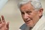 """Bento XVI é como uma vela que """"serenamente se apaga"""""""